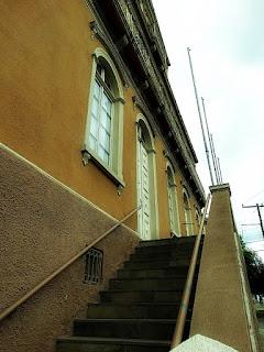 Escadaria da Fundação Cultural Ernesto Frederico Scheffel, em Novo Hamburgo