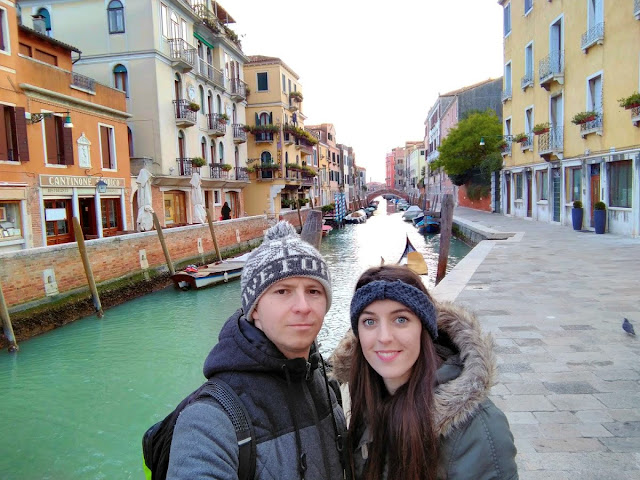 italy, italija, venice, venecija, trip, journey, europe, travel, traveling, izlet, potočki promet, put, putovanje, boat,  couple, par, advent u veneciji, advent in venice, bridge, most, romantic trip