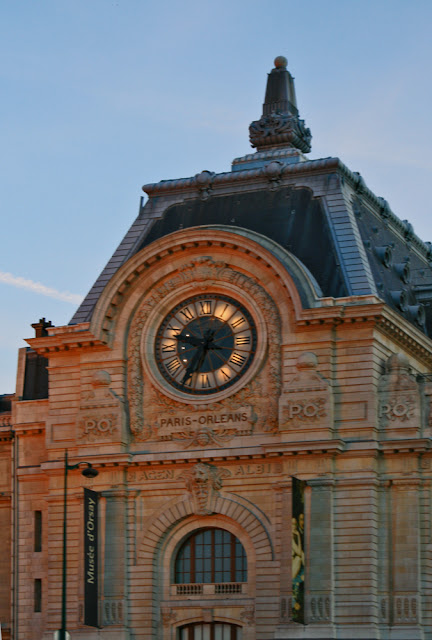 Orsay Museum. Quay Anatole France. Paris. Музей Орсе. Набережная Анатоля Франса. Париж.