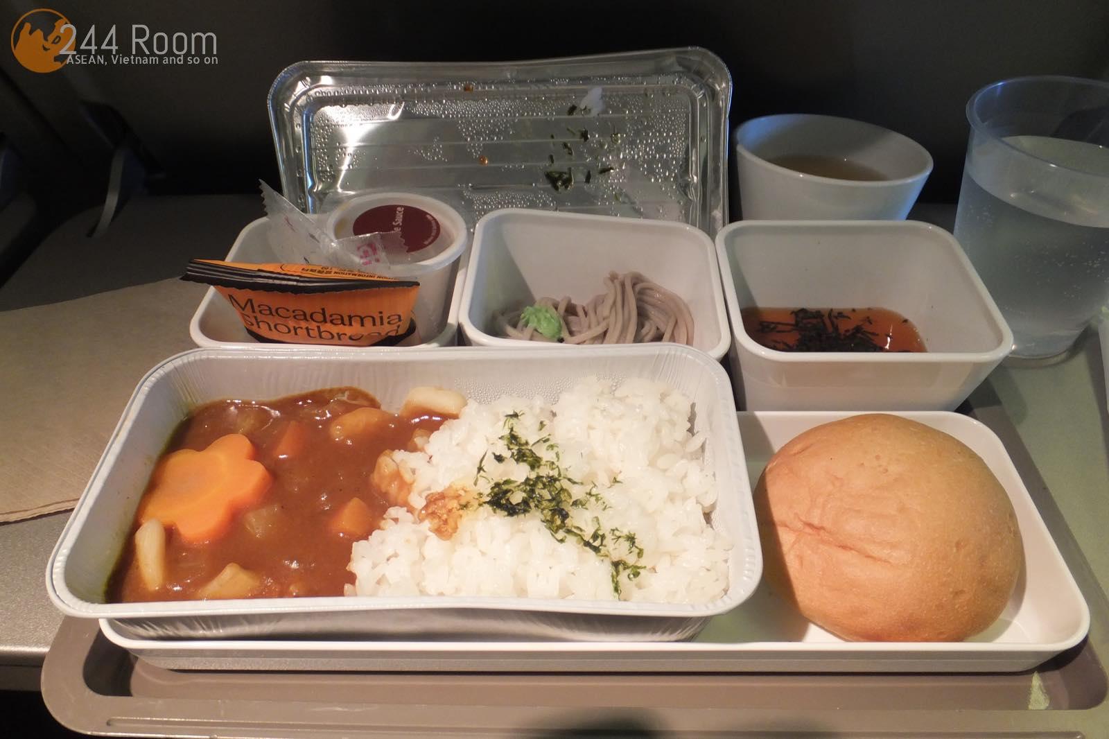 キャセイパシフィックエコノミー機内食 CX economyclass flight meal