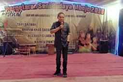 Ketua komisi 1 DPR Propinsi Nusa Tenggara Barat Sumbang sejumlah uang untuk Hadiah perlombaan festival Budaya Mbojo