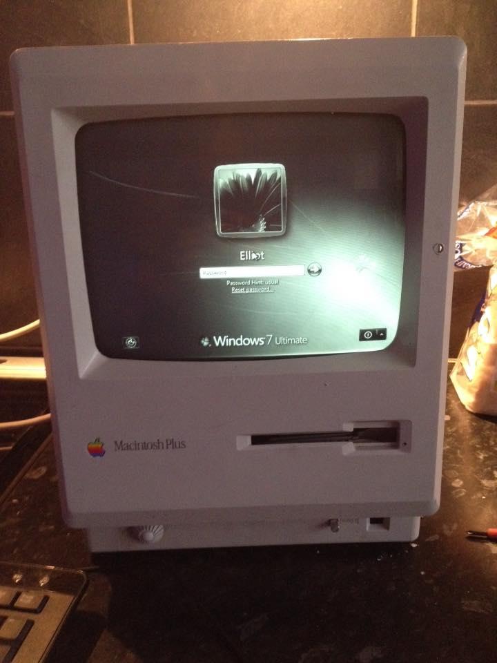 Apple Macintosh classic mod - Apple Mac mini inside Vintage Apple macintosh classic: November 2015