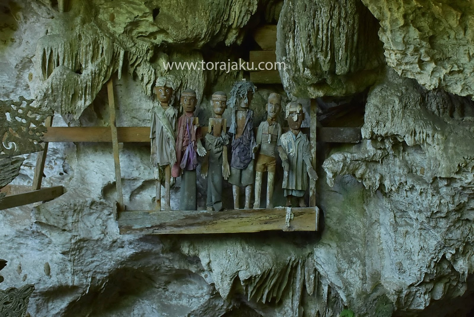 Tampang allo,kuburan gua Alam
