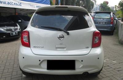 Eksterior Belakang Nissan March Facelift