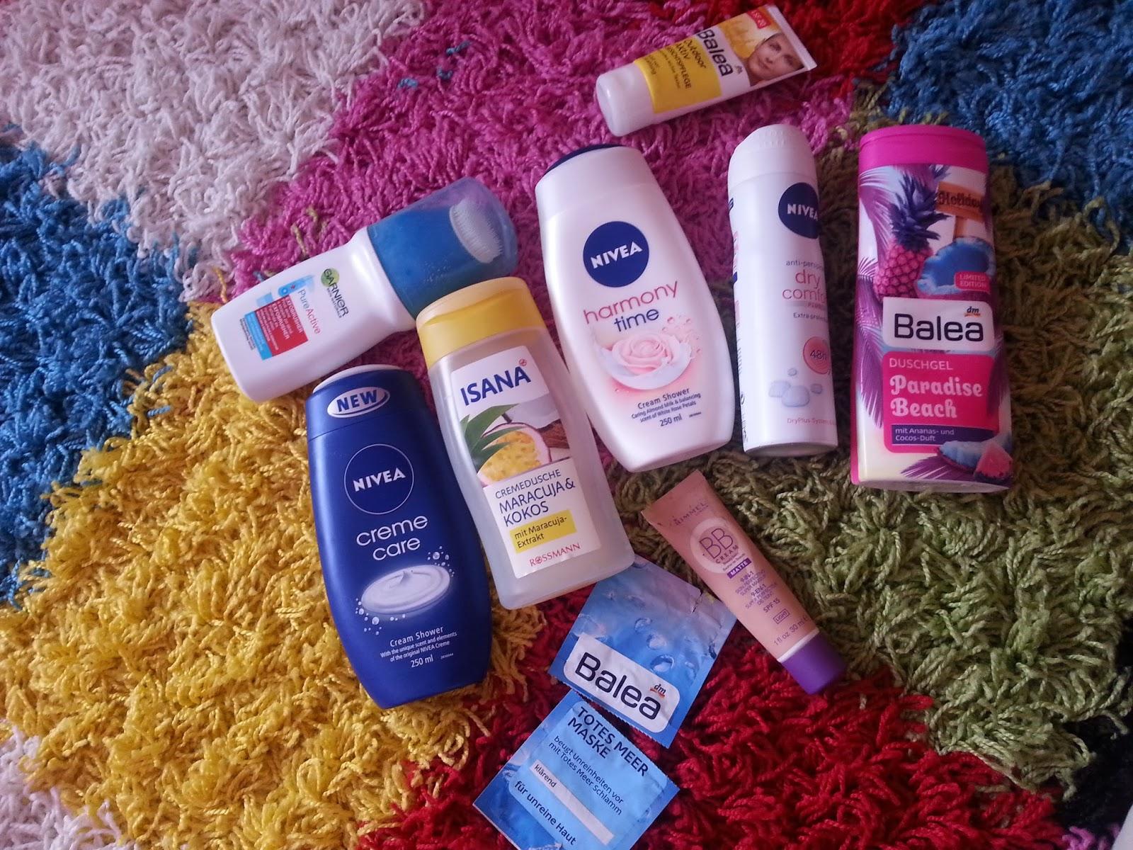 90c6af1e91 Mivel engem is ledöntött a betegség(influenza blah ._.) pihentetés gyanánt  összegyűjtöttem nektek pár terméket amiket elhasználtam.
