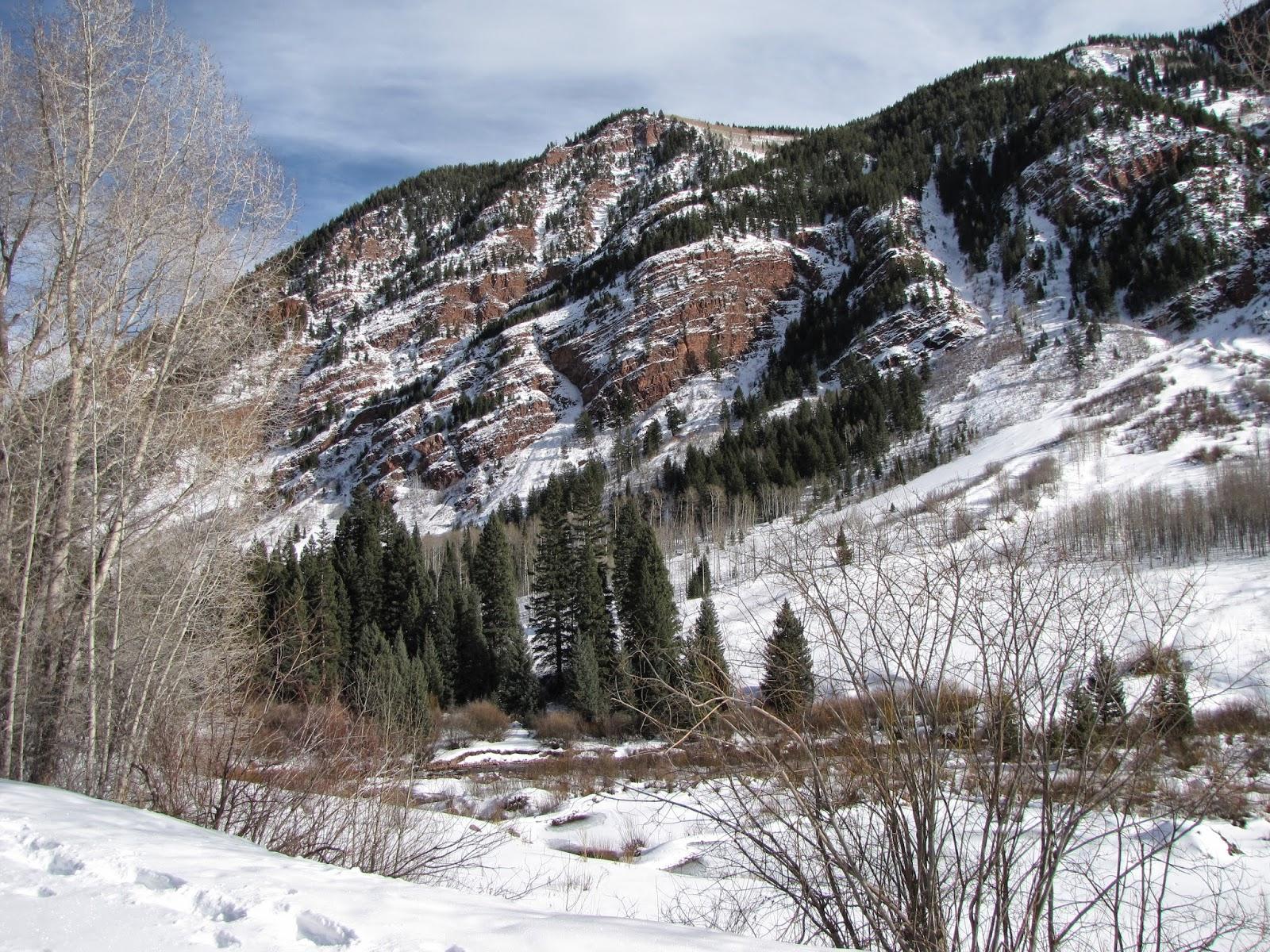 Go Hike Colorado: Maroon Creek Road (Winter)