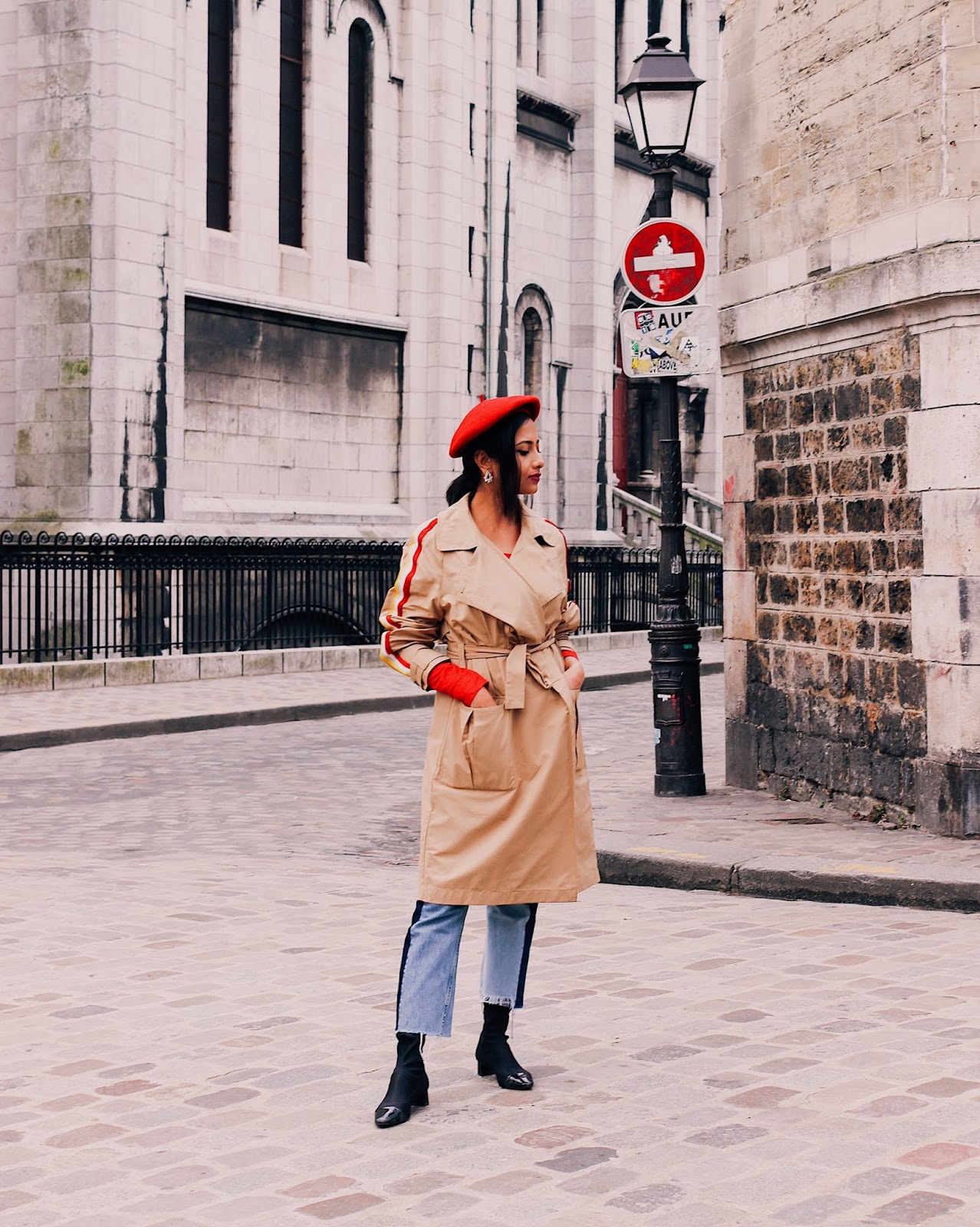 paris outfit, paris street style, paris spring summer fashion, beret, red beret, trench coat, what to wear in paris, indian blogger, uk blog, effortless chic, parisian chic, french style