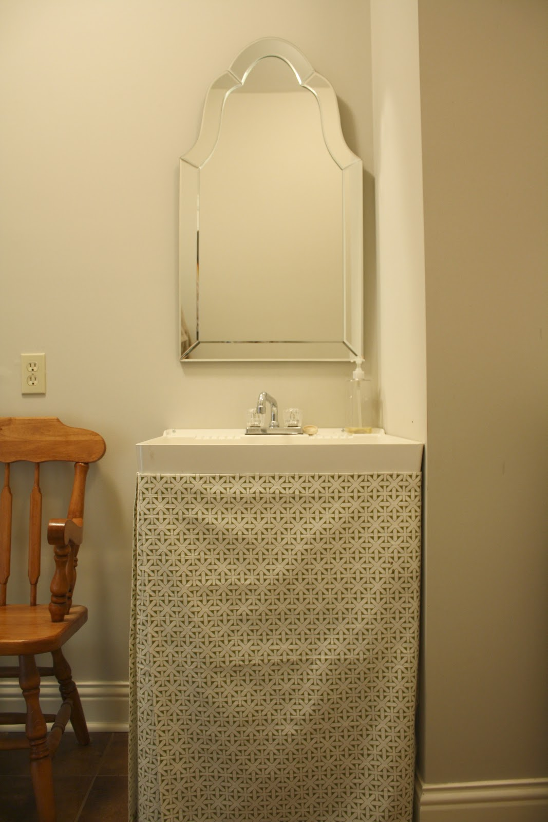Thrifty Tuesday Utility Sink Makeover