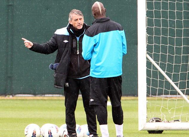 Roberto Mancini và Balotelli đã từng có thời gian dài gắn bó.