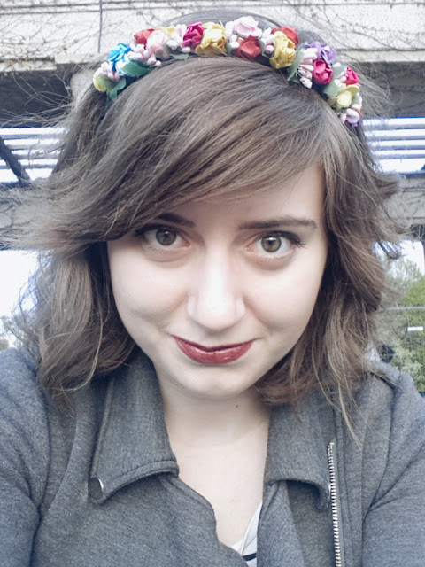 selfie floralcrown