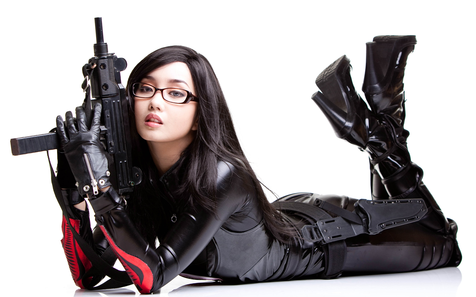 Think, bad girls with guns