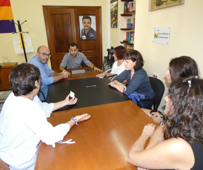 Gelán Noticias: IU reclama la reanudación inmediata del programa ...