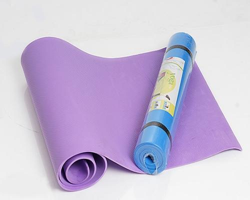 Cách lựa chọn thảm tập yoga tiêu chuẩn cho người mới bắt đầu tập?