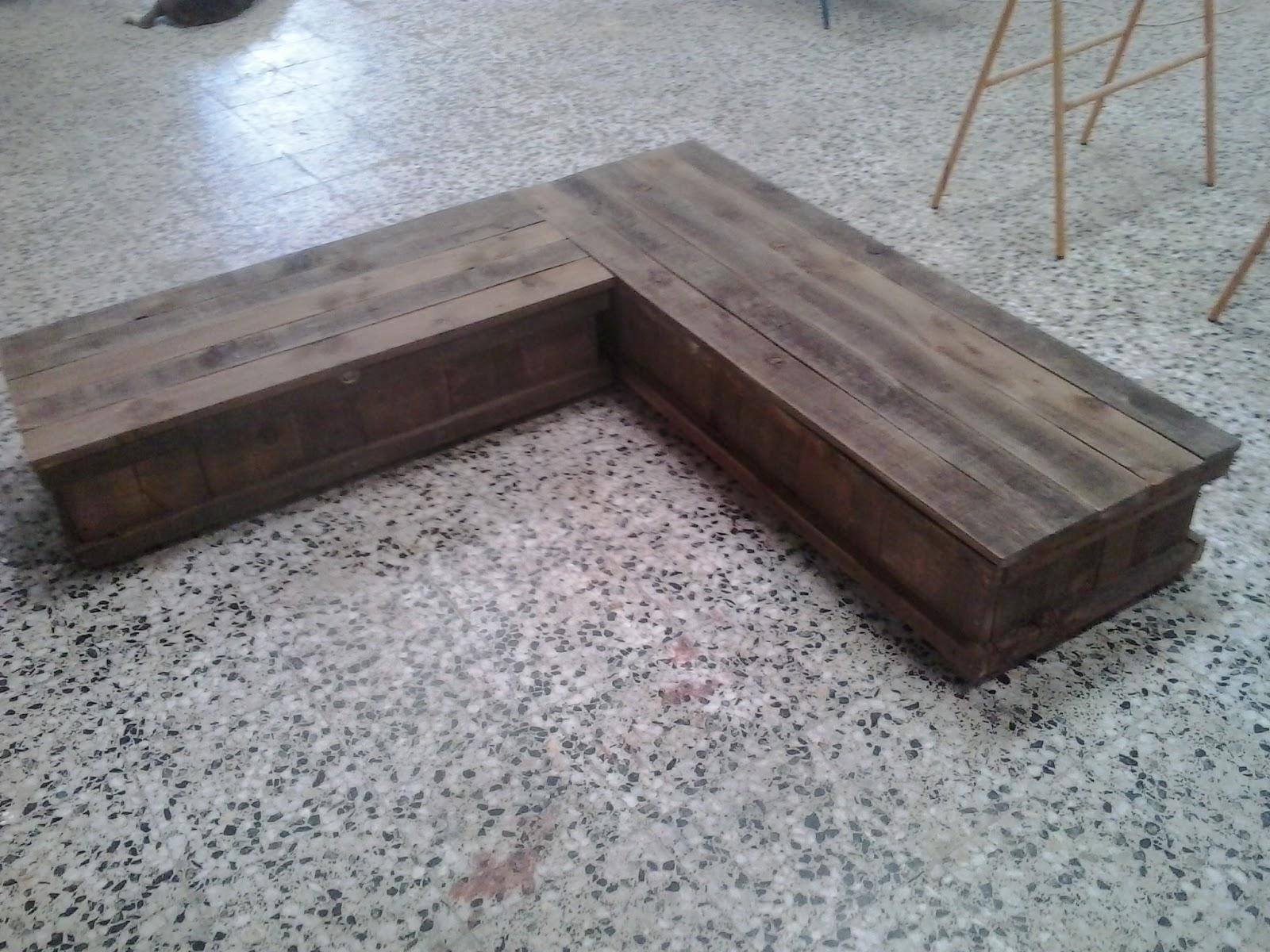 Renovarte con palets for Baules de madera para exterior