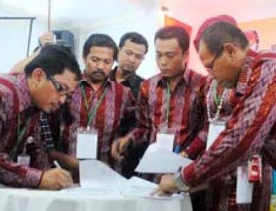Andi Nahar Nasada Ketua KPU Sulbar Periode 2008-2013