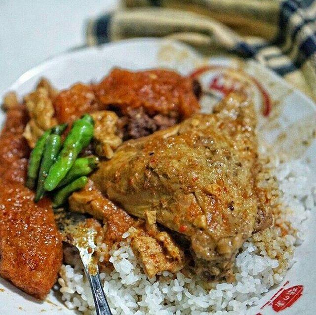 Rekomendasi Wisata Kuliner Jogja Terfavorit - INITEMPATWISATA.com