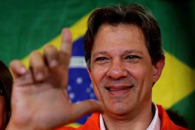 Fernando Haddad chora em reunião com petistas