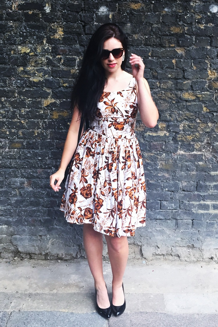 50s dress pattern, London style blogger Emma Louise Layla