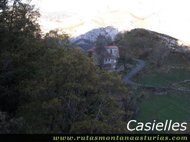 Senda Cartero, Peña Salón y Vibolines: Casielles
