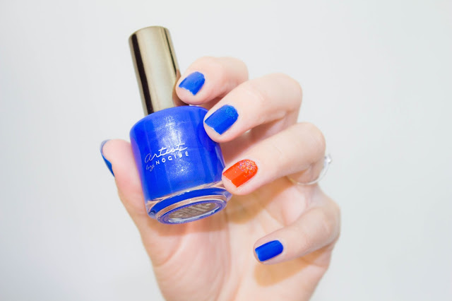 manucure-vernis-bleu-orange