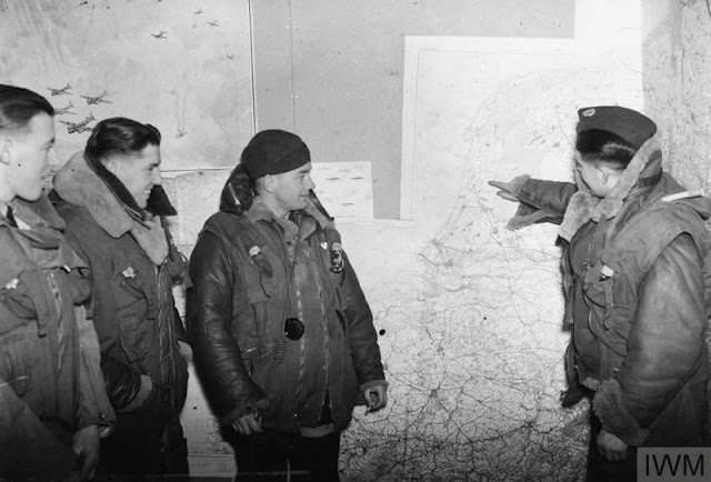 13 December 1940 worldwartwo.filminspector.com Wellington bomber crew
