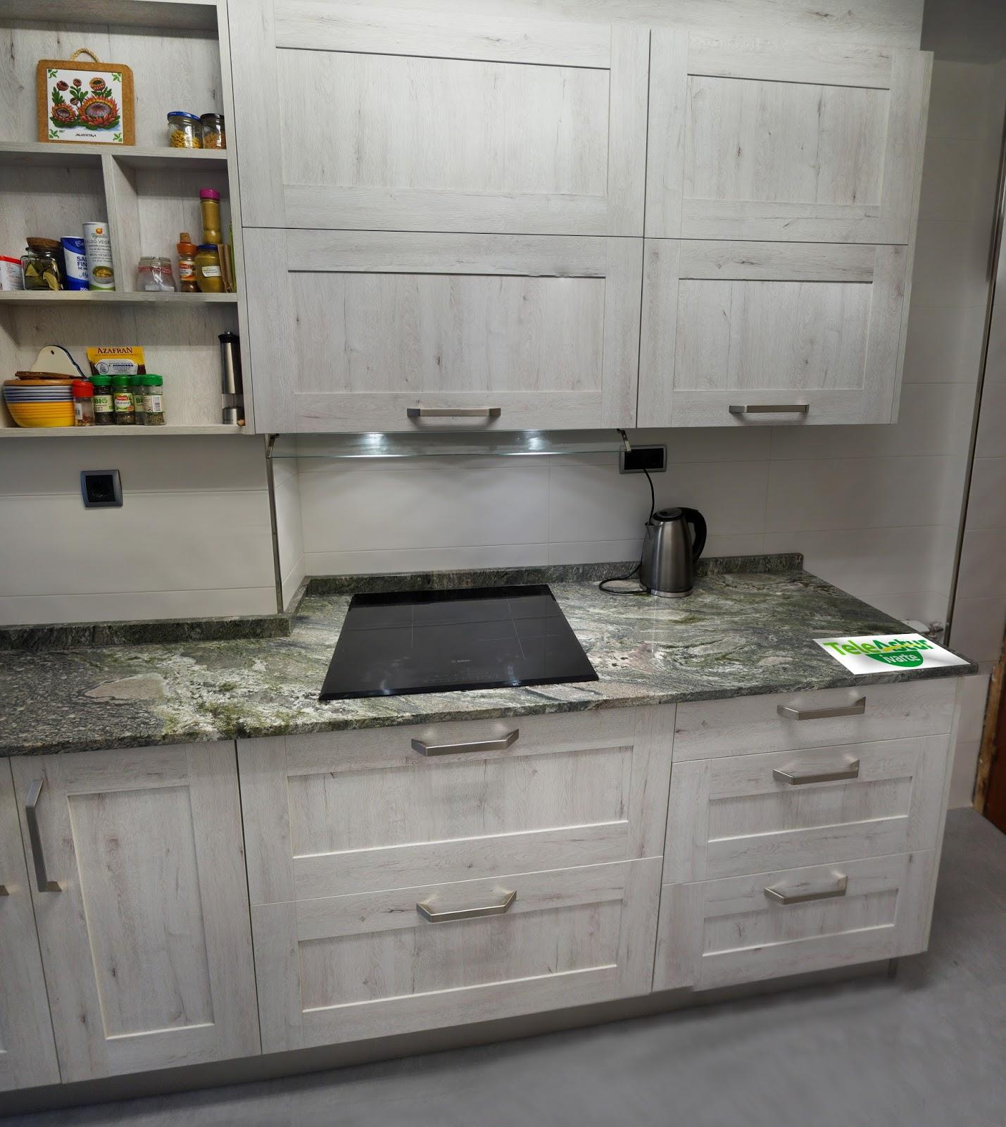 Cocina granito negro intenso for Muebles de cocina en oviedo