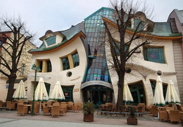 Costruzioni pi strane nel mondo la stravagante casa for Case stravaganti