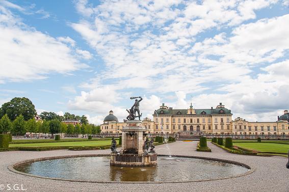 Estocolmo. Jardin y palacio Drottningholm