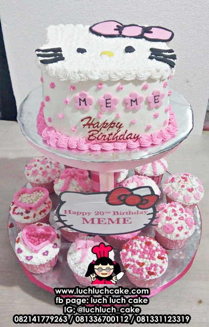 Hello Kitty Cake dan Cupcake Tier