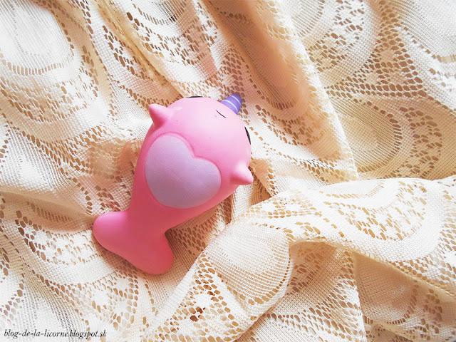 PU Slow Rebound Jumbo Squishy Whale Toy