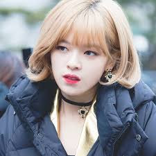 Jeongyeon Twice Pre recording for ISAC 2018