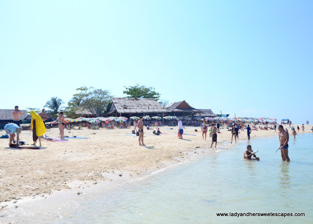 Beach life in Khai Nok