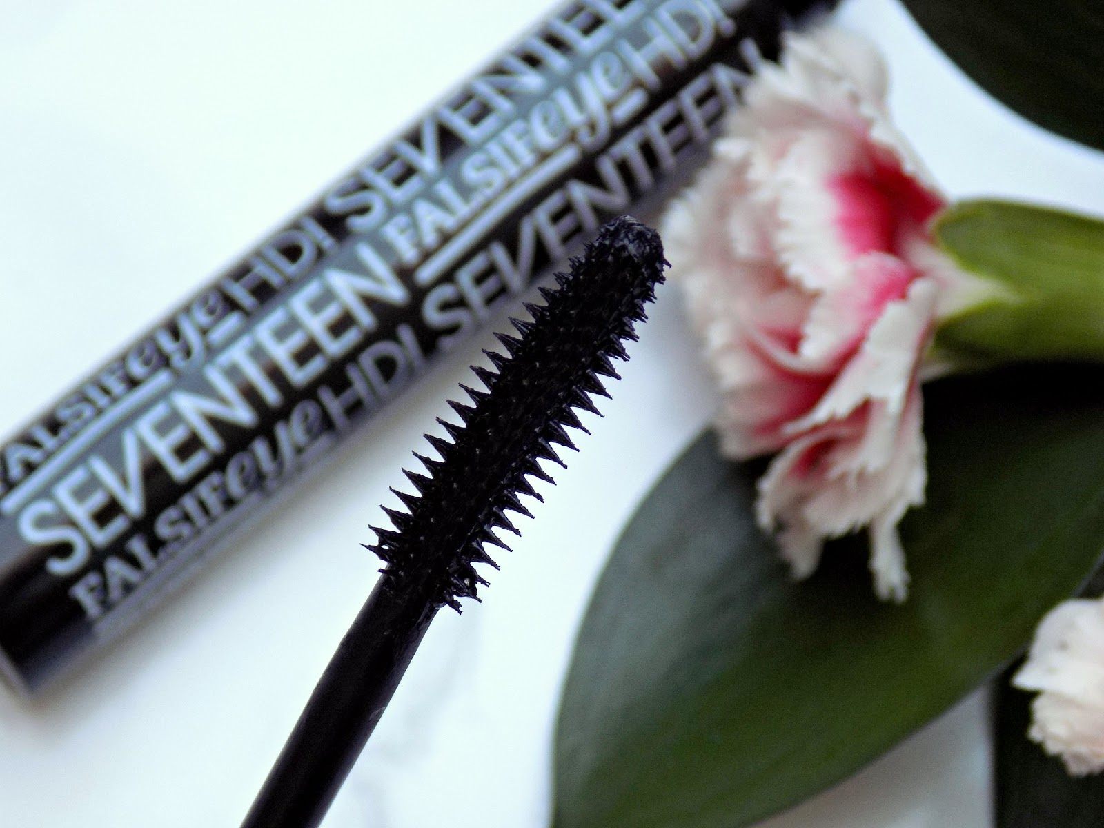 Seventeen Cosmetics Falsifeye HD mascara