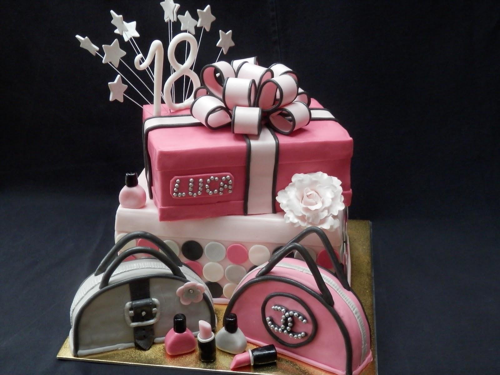 18 szülinapi torta Ari Éva tortái: Luca 18 csajszis torta 18 szülinapi torta