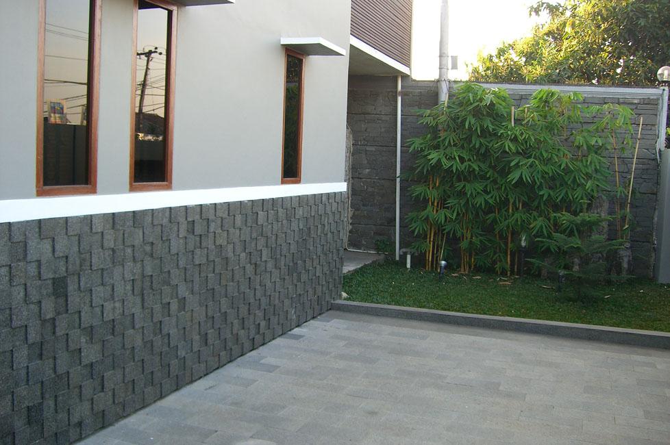 Model Dinding Taman Batu Alam Rumah Minimalis
