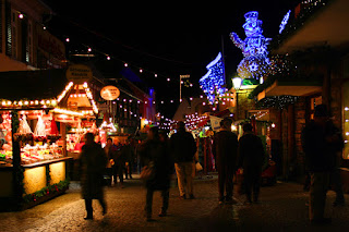 Rüdesheim, Germany's Christkindlmarkt at night