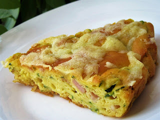 Cake with zucchini and bacon