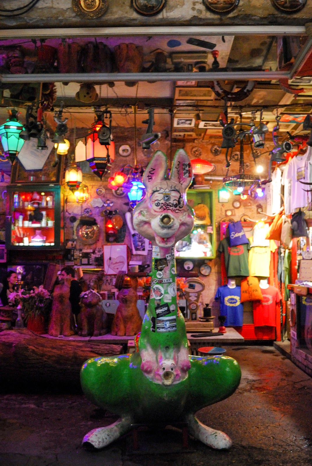 szimpla kert ruin bar budapest instagrammable instagram worthy spot photography