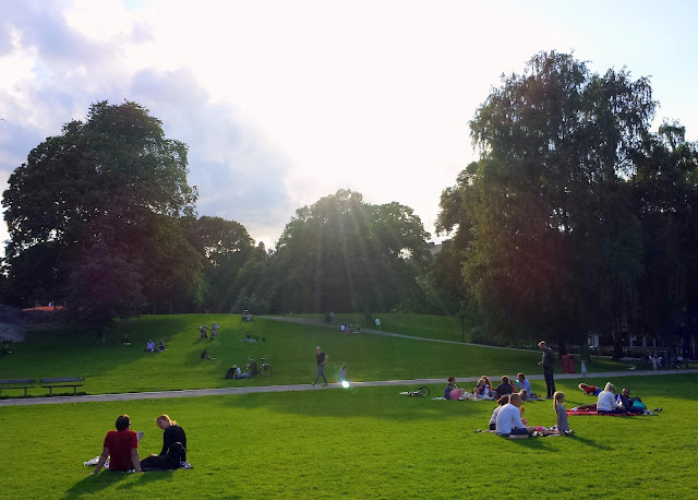Vasaparken in Stockholm  |  Summering in the city on afeathery*nest  |  http://afeatherynest.com