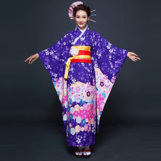kimono beda dengan yukata