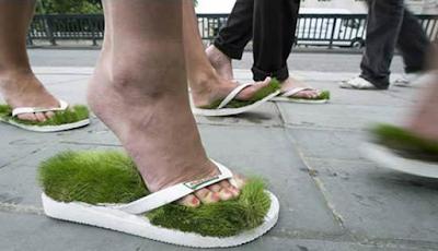 Sandal Rumput