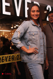 Actress Sonakshi Sinha Pos in Denim Jeans at Forever 21 Shop Launch at Express Avenue Mall  0002.jpg