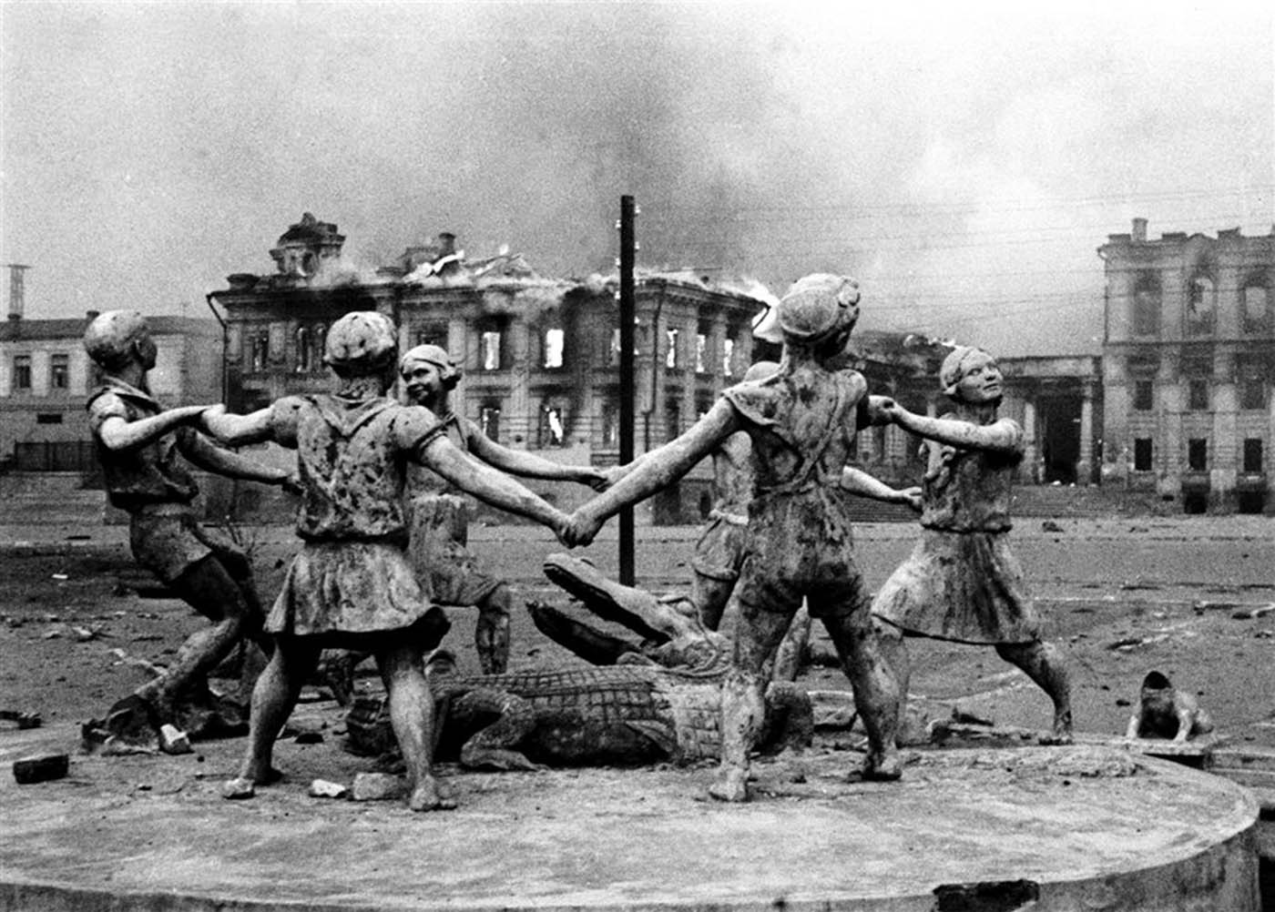 The statue of six children dancing around a crocodile became famous worldwide due to several pictures that a Soviet photographer took after the German army's devastating bombings.