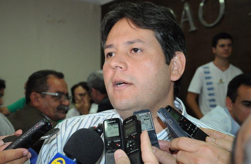 MPF dá parecer contrário ao retorno de Dinaldinho ao cargo de prefeito de Patos
