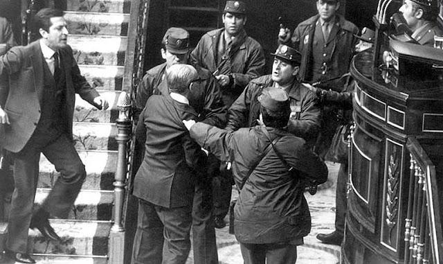 Cuarenta años del golpe de Estado del 23-F y sus relaciones con el «Golpe de los coroneles» de Grecia
