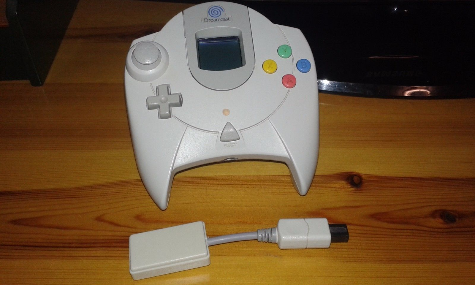 DreamConn Wireless Dreamcast Controller Appears On eBay