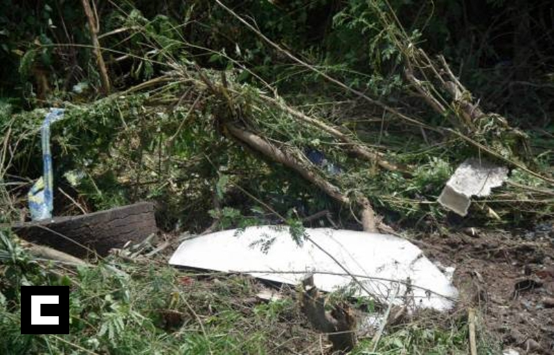 Al menos siete heridos tras volcarse autobús en autopista Duarte