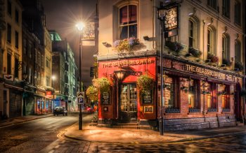 Wallpaper: Brewer Pub & The Millers Pub