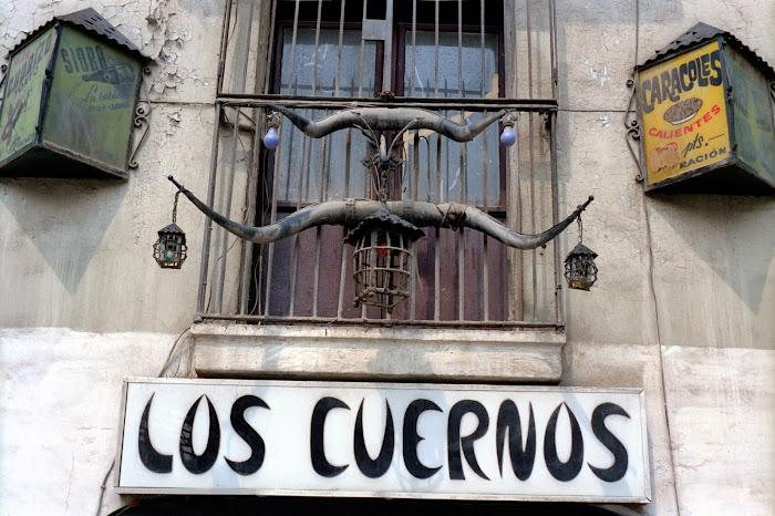 Barcelone, tasca, Los Cuernos, © L. Gigout, 1991