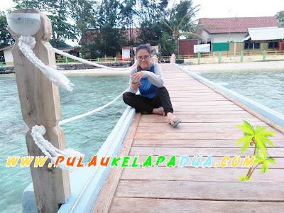 Dermaga Apung Taman Nasional Laut Pulau Kelapa Dua